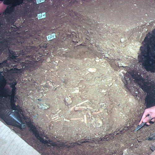 Fouille 1979 découverte d'individu néandertalien