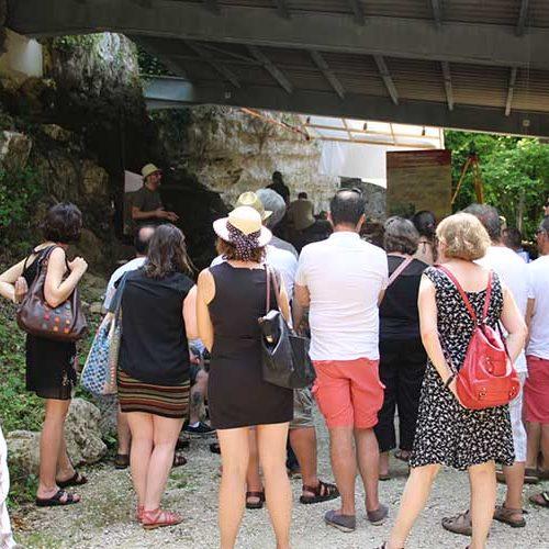 Visite guidée du gisement archéologique en groupe